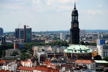 Presseverteiler Hamburg - Vogelperspektive über Hamburg